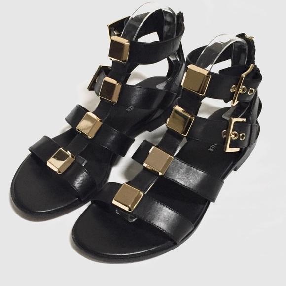 377fe9cd8ddc Donald J. Pliner Shoes - DONALD J. PLINER Lexi Gladiator Sandal
